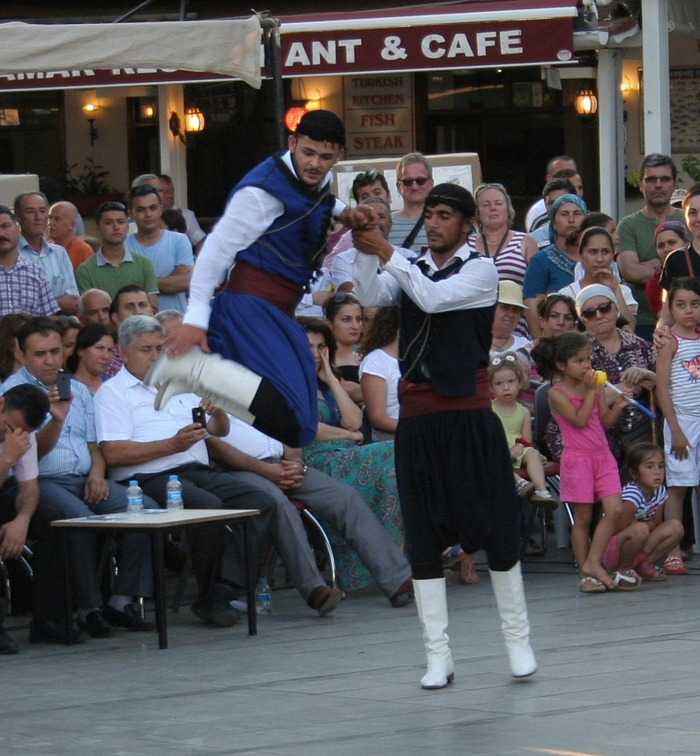 Greek dance